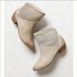SixtySeven Paige Booties (Anthro) size 41